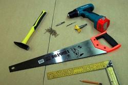 Инструменты для установки тумбочки
