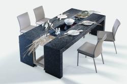 Креативный обеденный стол.