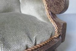 Двухшаговый кракелюр мебели