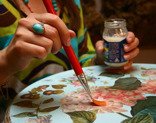 Ручная роспись стола