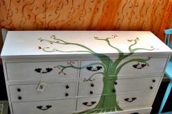 Рисунки на мебели