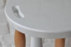 Барный стул с ножками из балясин