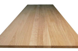 Прочным и долговечным материалом для изготовления кухонного дивана является сосновый столярный щит.
