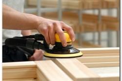 Для того, чтобы поверхность заготовок была гладкой, их необходимо обработать шкуркой или шлифовальной машиной.