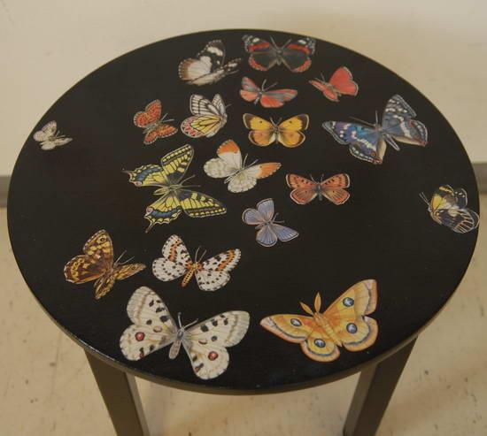 Декорированные столы своими руками