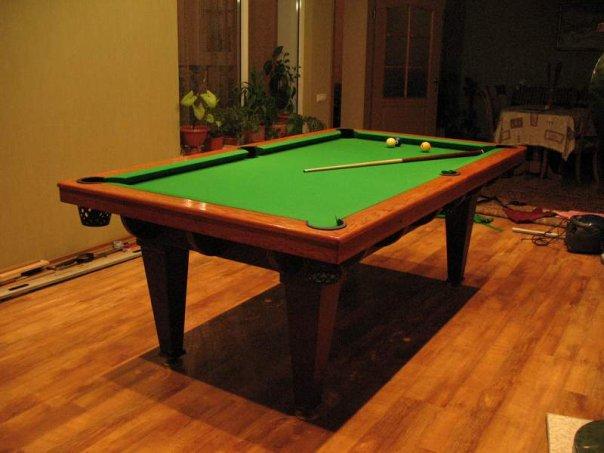 Бильярдный стол, сделанный