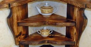 Полка угловая настенная деревянная фото