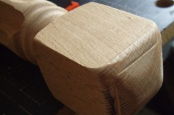 Деревянная фальш-спинка кровати