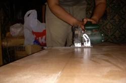 Нарезка ламинированных плит дисковой пилой