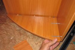 Крепление элементов шкафа